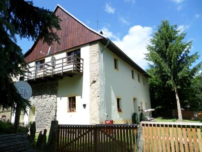 Bed and Breakfast Tvrz in Velká Bukovina