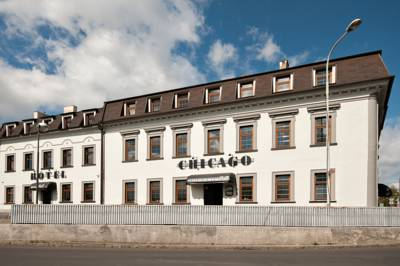 Hotel Chicago in Chomutov