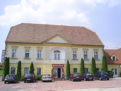 Hotel Club in Vranovská Ves