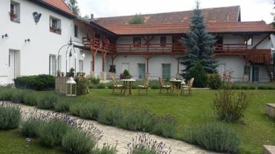 Hotel Green Club in Tursko